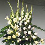 Centro floral funerario modelo A4