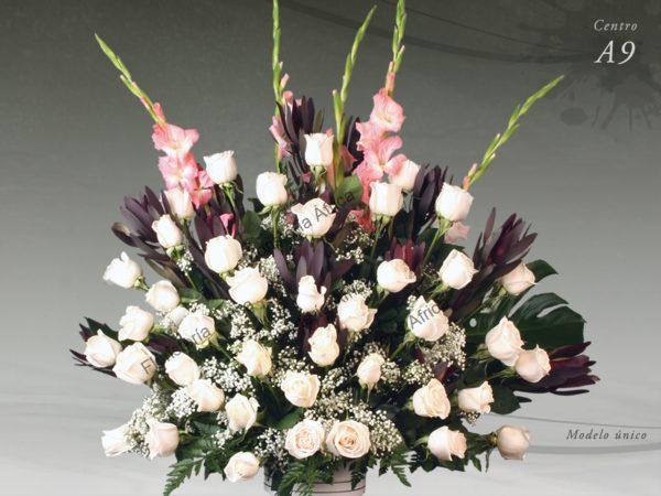 Centro floral funerario modelo A9